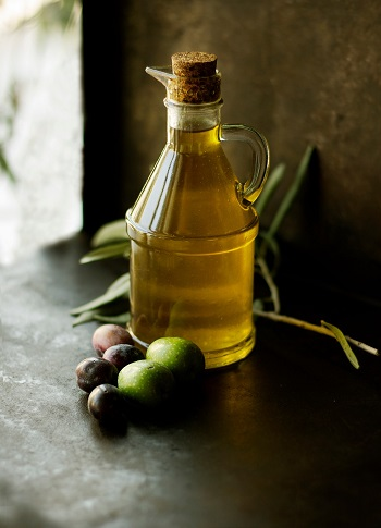 The beneficial role of the Mediterranean Diet in breast cancer