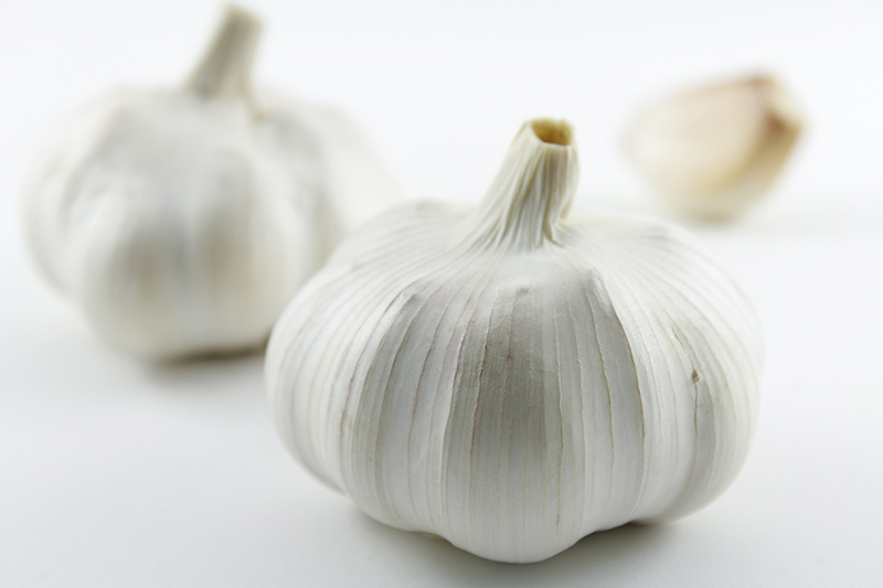 Garlic and Type 2 Diabetes: Control High Blood Sugar Naturally